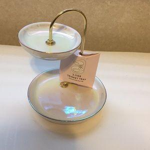 Jewelry - 2 tier trinket tray